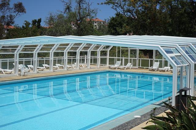 krytý venkovní bazén