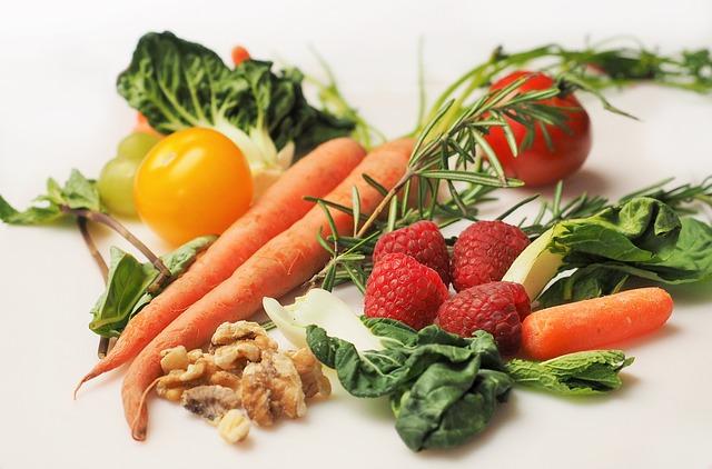 Zelenina, ovoce, keto dieta.
